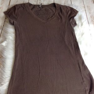 SO Brown V-Neck Shirt Womens SZ S Short Sleeve Top